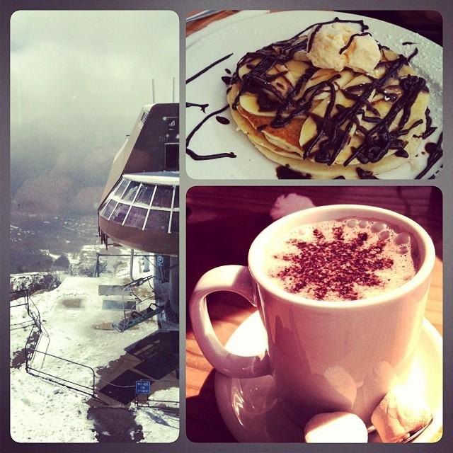 Frühstück im höchsten Restaurant Australiens, mit Blick auf das Skigebiet.