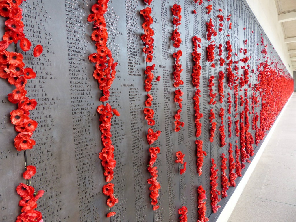 Gedenktafeln im Australian War Memorial Canberra