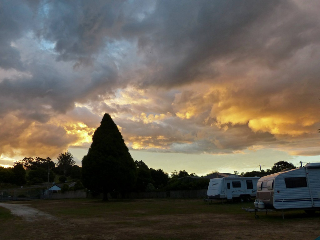 Sonnenuntergang in Branxholm, Tasmanien